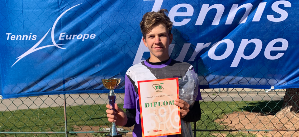 Daniel Bien ve finále Wilson Cupu